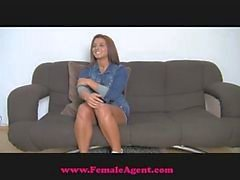 FemaleAgent Wet and excited