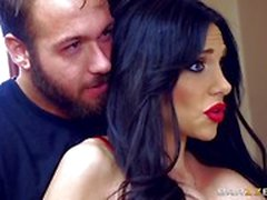 Big titted stepmom Jaclyn Taylor takes a length