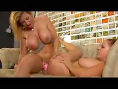 Gianna Michaels And Sara Jay 2 : enter the dildo