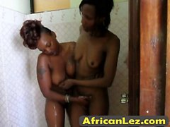 Horny dkyes from Africa shower together
