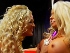 Brooke Lee masturbates with a friend