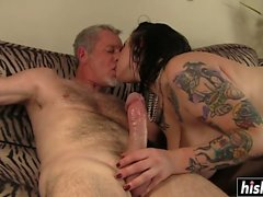 Tattooed chick makes him cum fast