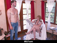 MILF - nympho milf Sara Jay pokes A Young Nude Model