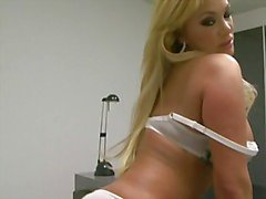 Booty Babe Shyla Stylez Sticks Out That Arse For Each Mans Sexy Desire
