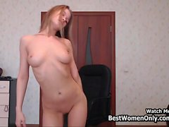 Beauty Blue Eyes Blonde Cam Show In Bedroom