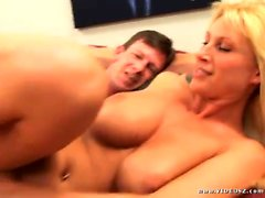 Anal with MILF Devon LEE.